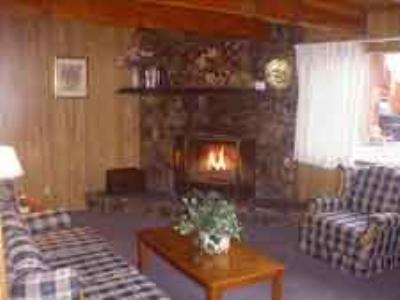 Large 2 story 2 Bedroom Cottage Image 4