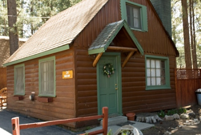Medium size 2 story 2 bedroom cottage Image 9